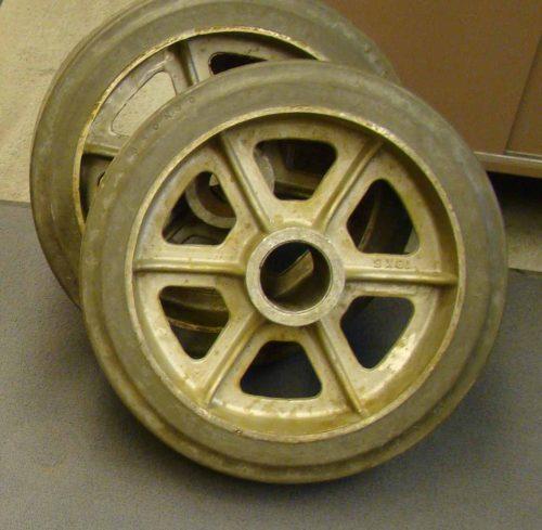 18 inch dia x 5 inch wide wheel